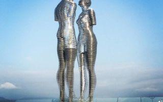 Скульптура мужчина и женщина