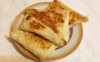 Хачапури из лаваша с сырной начинкой