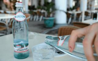 Боржоми польза и вред: сколько можно пить в день