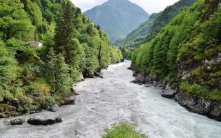 Река Риони в Грузии