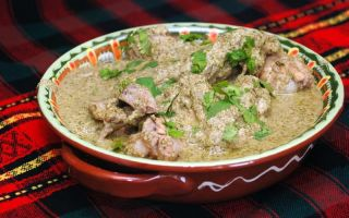 Сациви из курицы по — грузински