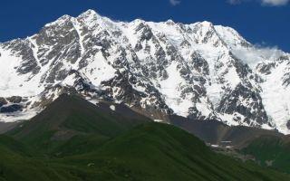 Горы в Грузии и России