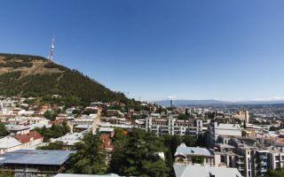 Священная гора Мтацминда в Тбилиси