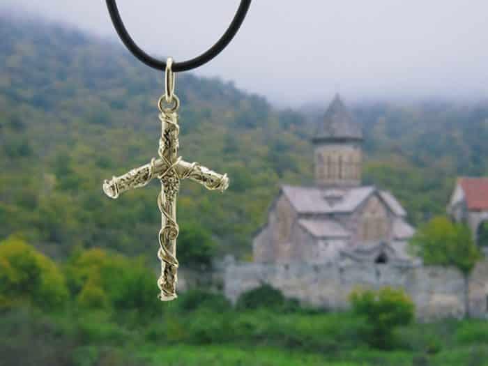Крест равноапостольной Нины
