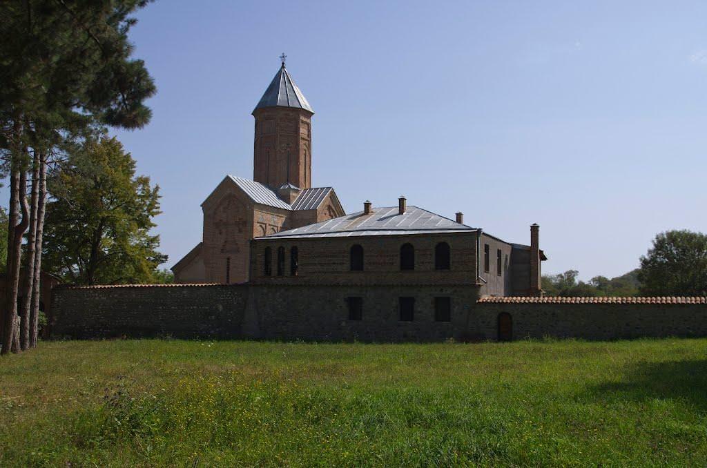 монастырь ахали