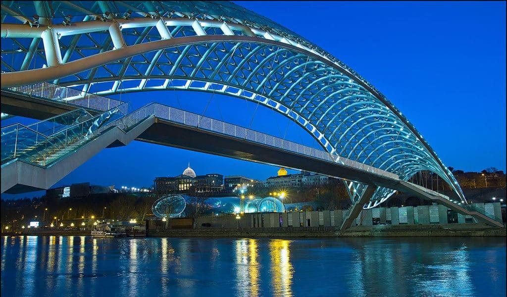 Мост Мира