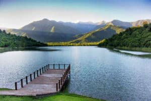 Озеро Кварели