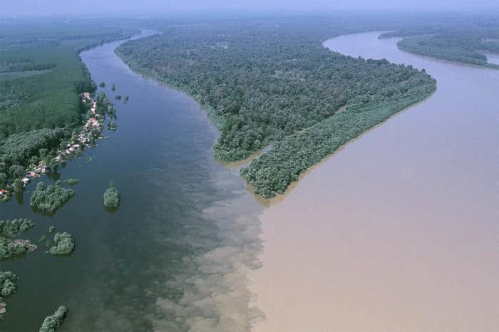 река Аграви