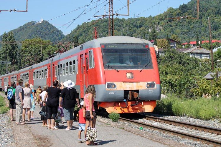 До Пицунды в поезде