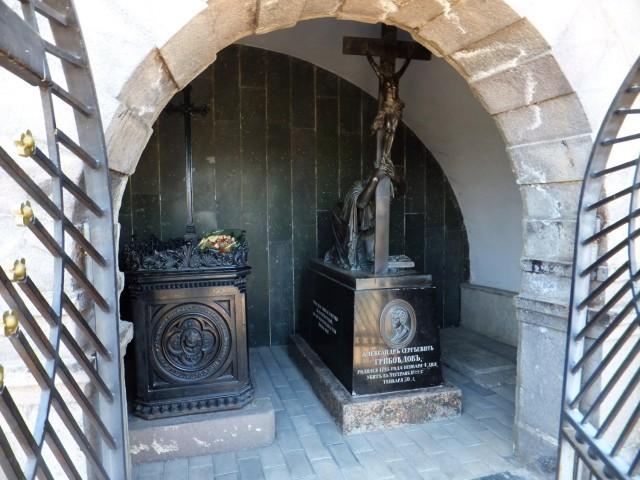 Могила Грибоедова в Тбилиси
