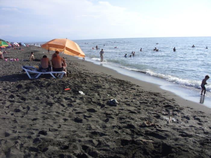 Пляж Уреки (Магнетити)
