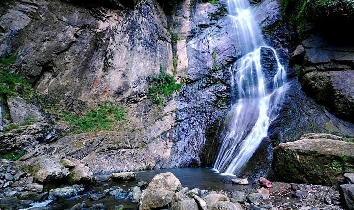Водопад Махунцети и винный дом Аджарисцхали