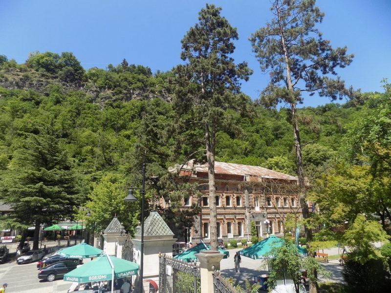 Лечебные курорты и термальные источники Грузии