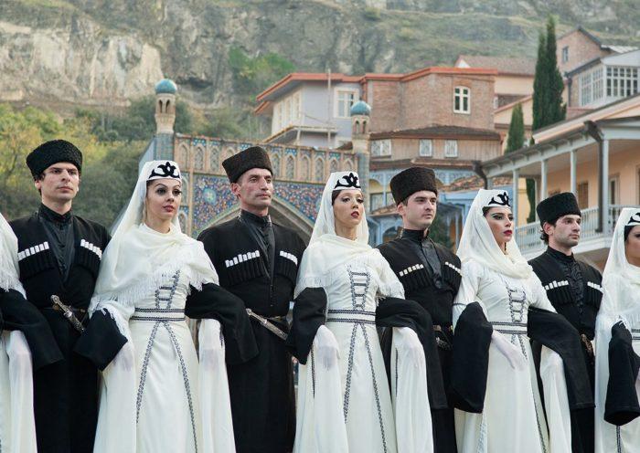 грузинский костюм