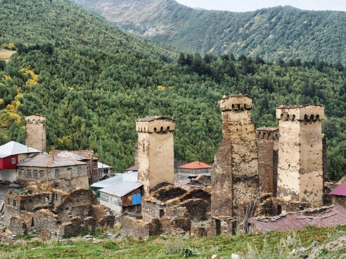 свансие башни