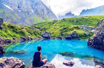 Красочные озера Абуделаури